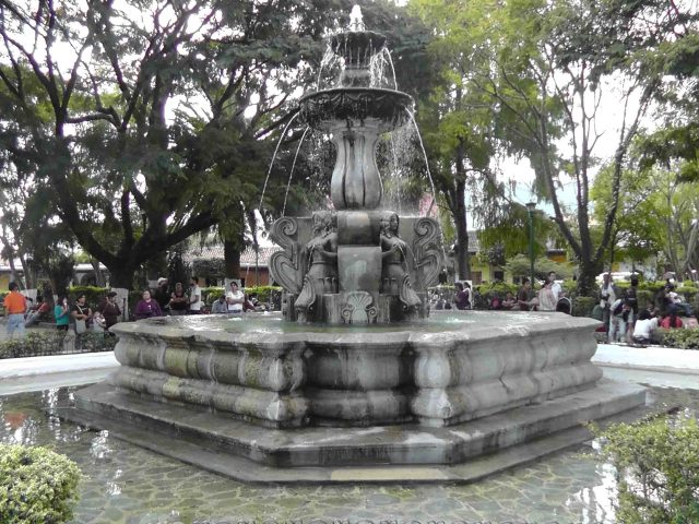 fountain, parque central, antigua, guatemala, travel, travelogue., ailsa prideaux-mooney