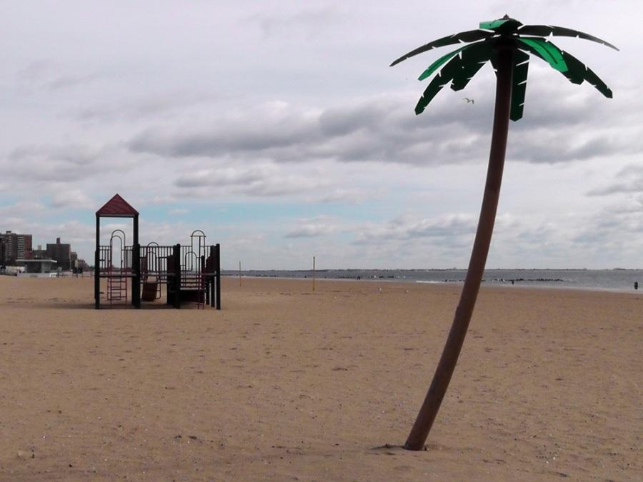 metal palm tree, coney island, new york, travel, travelogue, ailsa prideaux-mooney