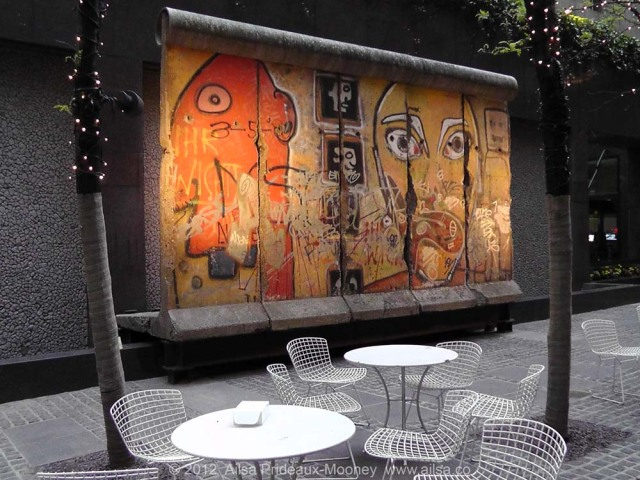 berlin wall, manhattan, travel, travelogue, ailsa prideaux-mooney