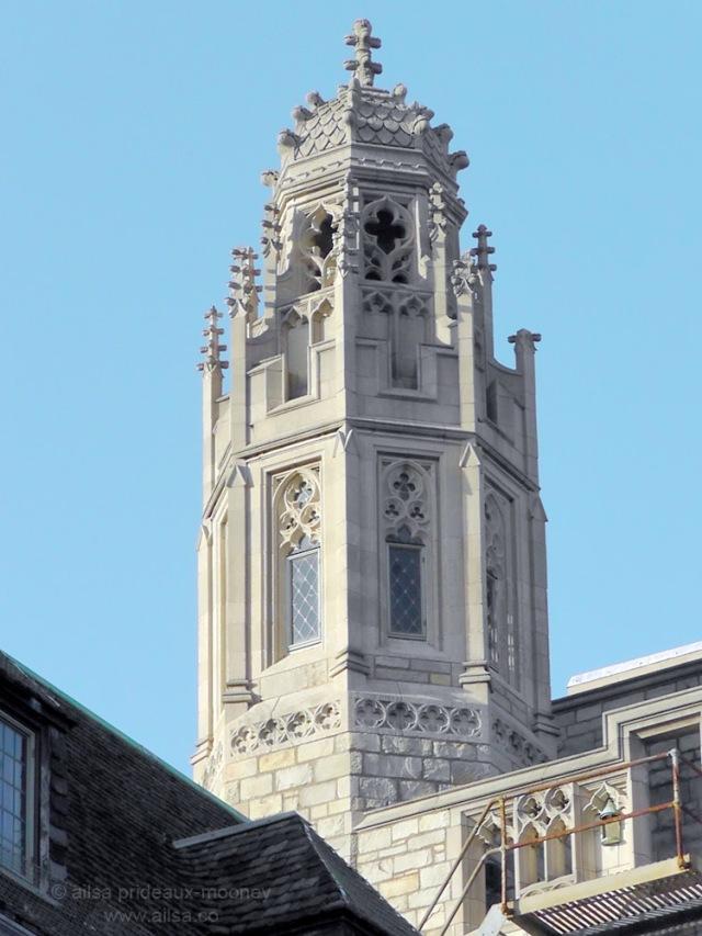 yale university turrets