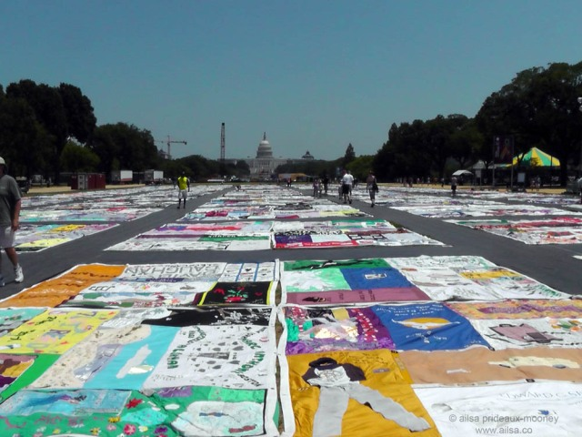 folklife aids memorial quilt