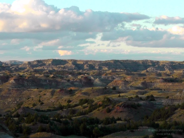 us road trip badlands outlook theodore roosevelt national park usa america driving