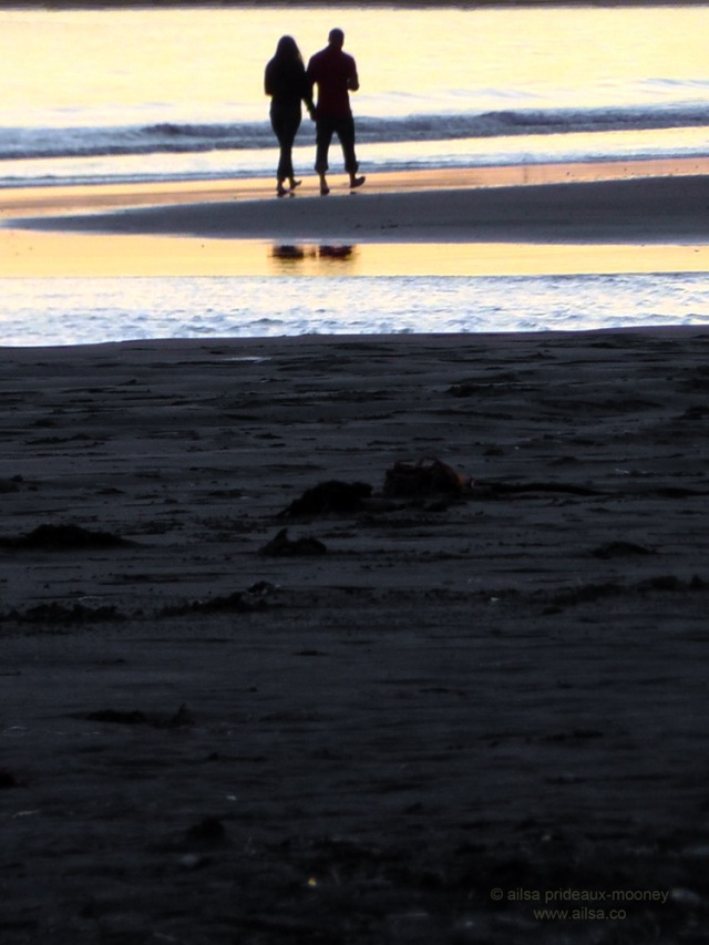 oregon coast sunset walk romantic couple