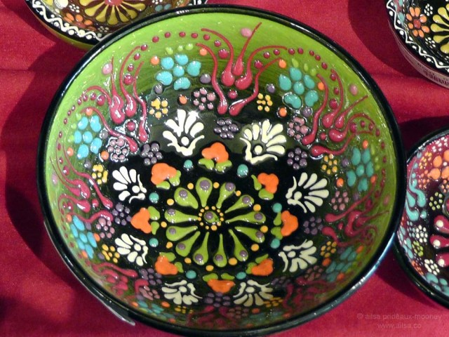 Turkey Turkish handthrown pottery dish bowl