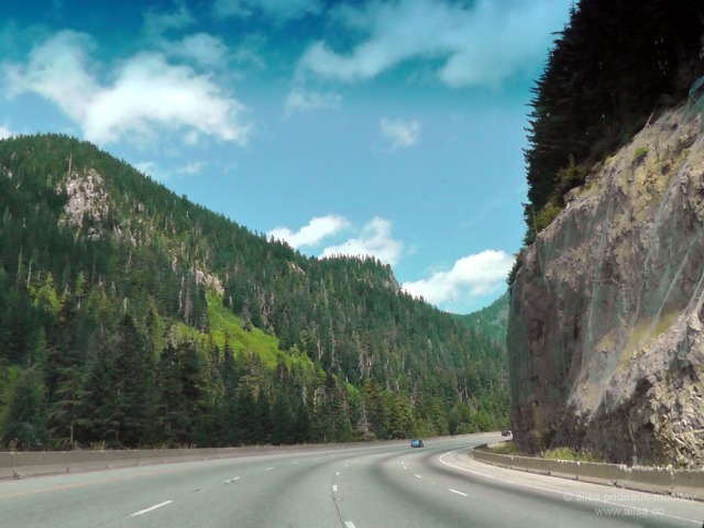 us road trip usa america washington cascades i-90 car driving