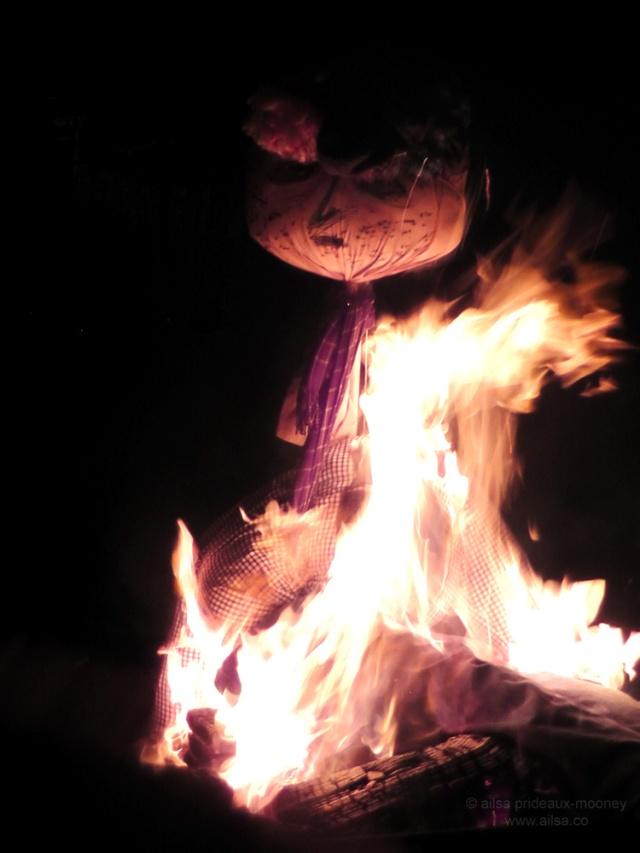 guy fawkes bonfire burning night november fifth gunpowder treason plot seattle golden gardens