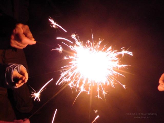 sparklers bonfire lighting old-fashioned