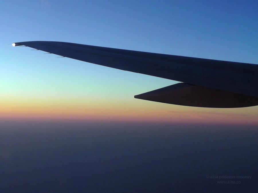 airplane aeroplane wing flight new york dawn