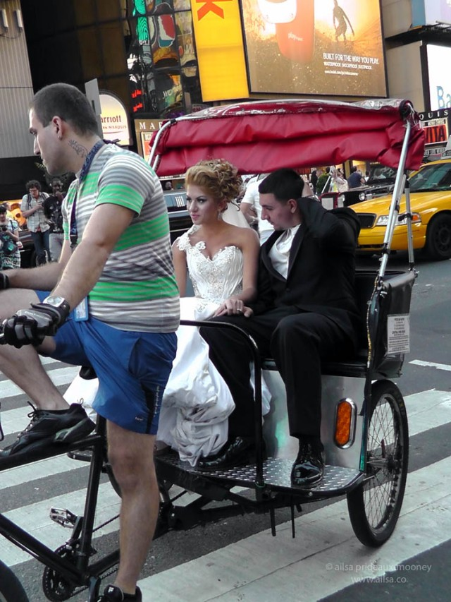 new york, bride, groom, wedding, pedicab, bike cab, travel, photography, travelogue, ailsa prideaux-mooney