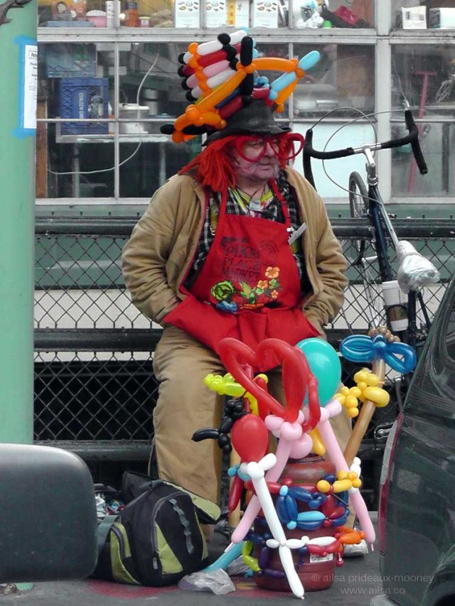 clown, seattle, pike place market, travel, travelogue, photography, ailsa prideaux-mooney