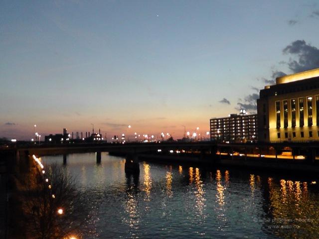 schuykill river bridge philadelphia us usa travel america