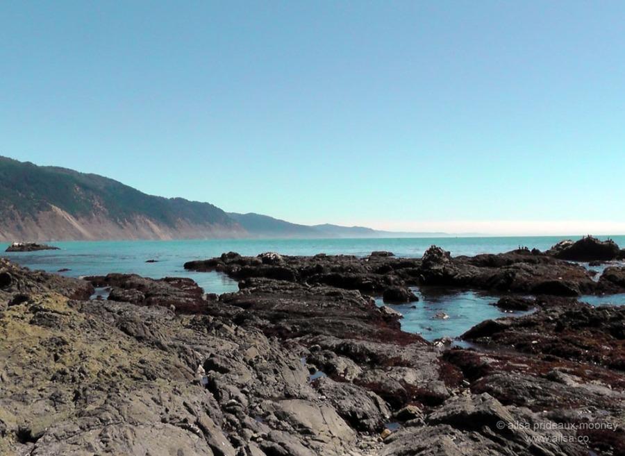 lost coast shelter cove california us usa america road trip driving black sand beach mendocino lighthouse