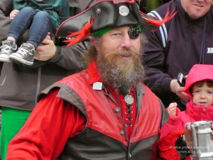 st. patrick's day, st patrick's day, seattle, 2013, st patrick's day parade, irish week seattle, travel, ailsa prideaux-mooney, seafair pirates