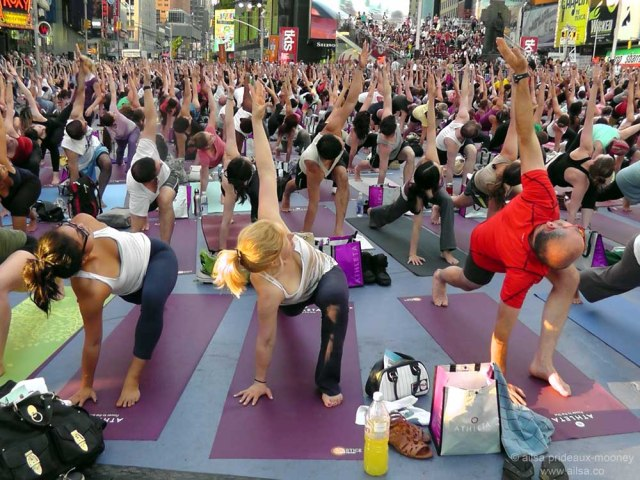 summer solstice, yoga, times square, new york, travel, ailsa prideaux-mooney, photography