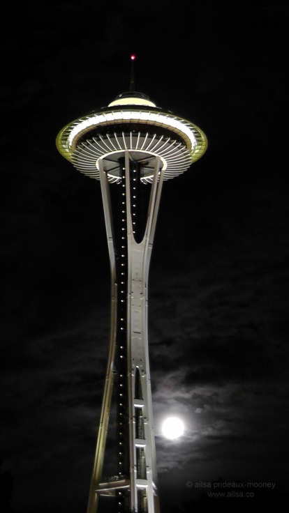 seattle, space needle, supermoon, travel, photography, ailsa prideaux-mooney, travelogue