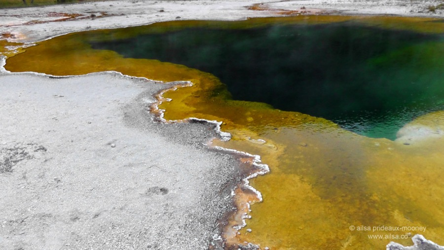 emerald pool, yellowstone national park, usa, america, road trip, travel, travelogue, photography, ailsa prideaux-mooney