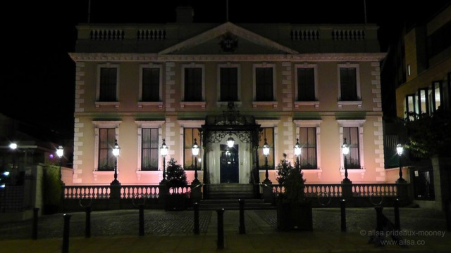 hallowe'en, dublin, ireland, mansion house, travel, travelogue, ailsa prideaux-mooney, photography