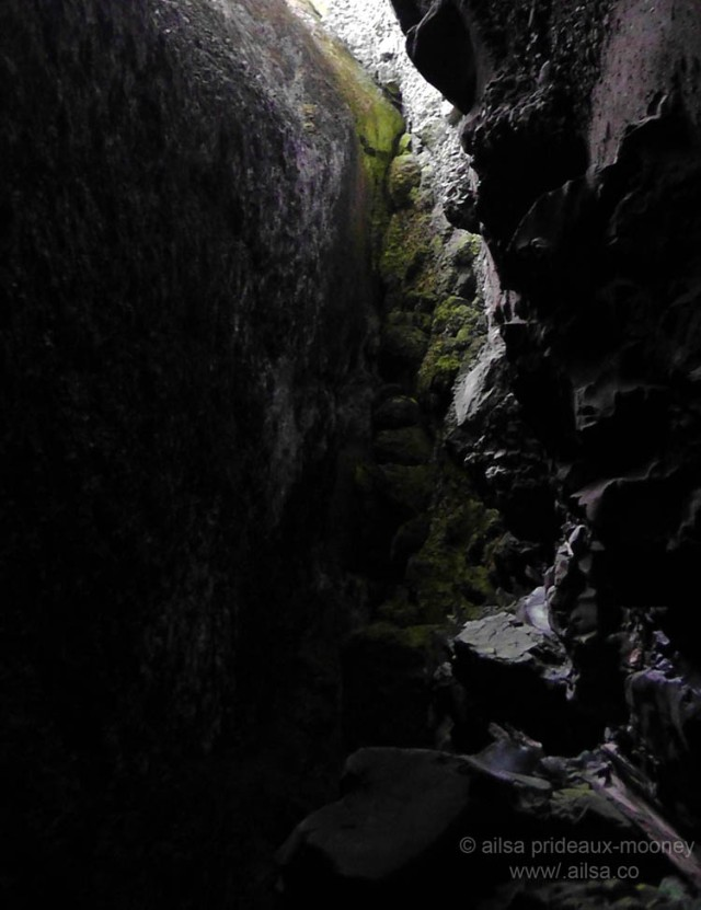 boulder cave, washington, mount rainier scenic byways loop, washington, travel, photography, travelogue, ailsa prideaux-mooney