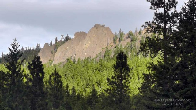 volcano, jagged peak, washington, white pass scenic byway, travel, photography, travelogue, ailsa prideaux-mooney