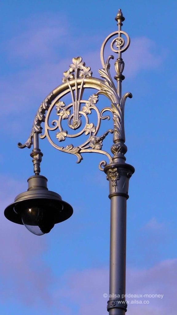 dublin, ireland, lamp post, shamrock, travel, travelogue, ailsa prideaux-mooney, photography