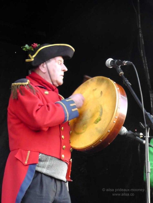 bodhran, sandymount wren boys, wren festival, wren day, st stephen's day, travel, travelogue, photography, ailsa prideaux-mooney, ireland