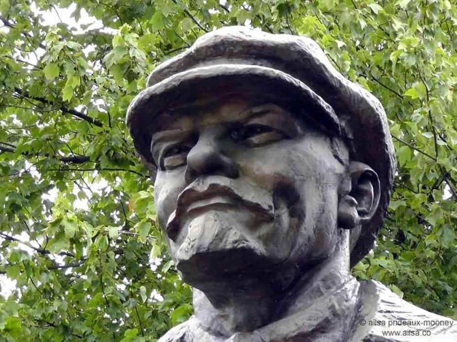 vladimir lenin statue, Emil Venkov, Fremont, Seattle, Washington, travel, travelogue, photography, Ailsa Prideaux-Mooney
