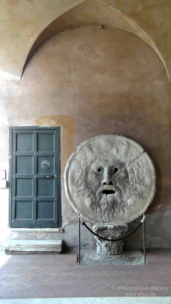 chiesa santa maria in cosmedin, la bocca della verita, mouth of truth, roman holiday, italy, rome, travel, travelogue, photography, ailsa prideaux-mooney