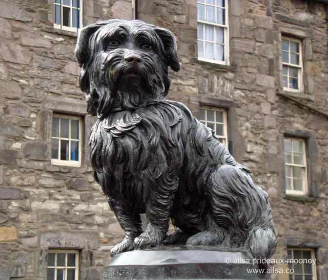 greyfriars bobby, edinburgh, scotland, travel, travelogue, photography, ailsa prideaux-mooney