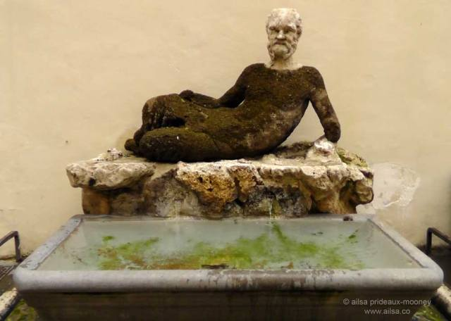 congregation of wits, rome, talking statues, il babuino, pasquino, travel, travelogue, photography, ailsa prideaux-mooney, italy, roman