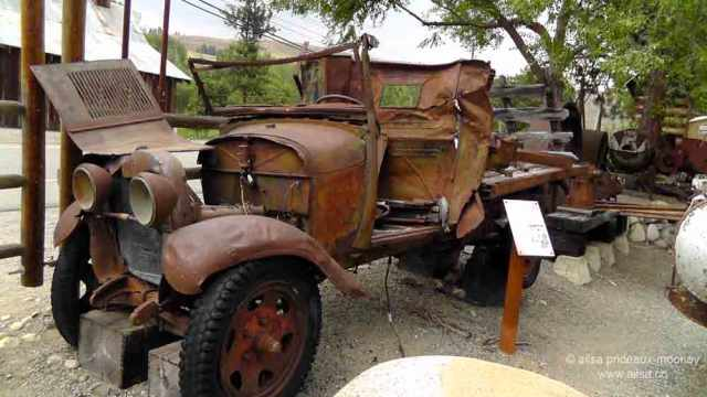 winthrop, methow valley, north cascades loop, washington, travel, travelogue, ailsa prideaux-mooney, vintage car