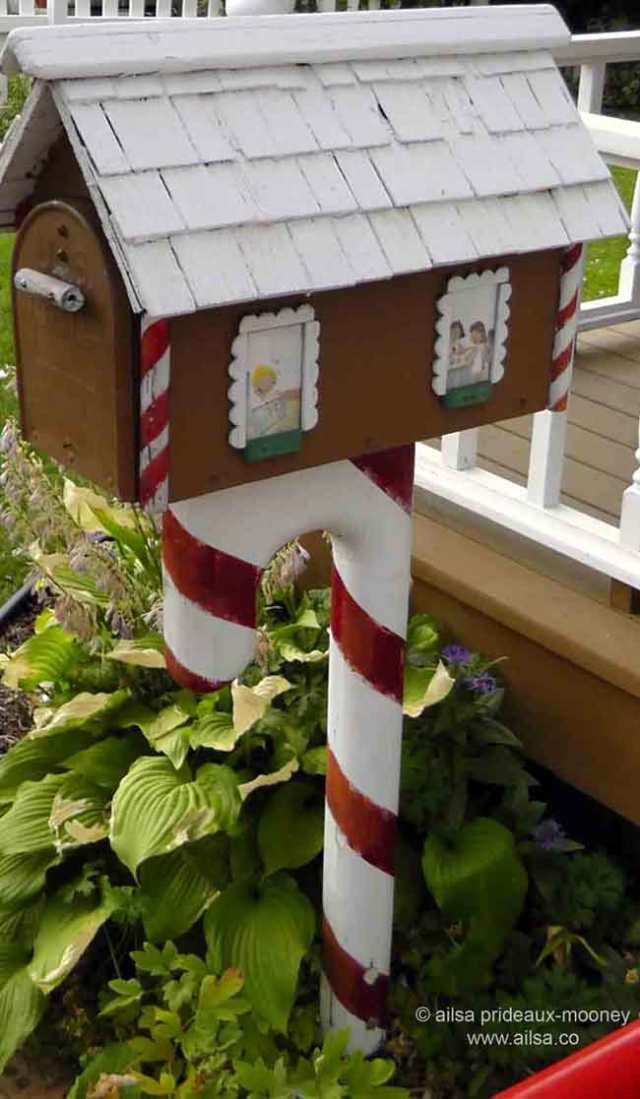 north cascades loop, leavenworth, washington, Bavarian village, travel, travelogue, Ailsa Prideaux-Mooney, gingerbread mailbox