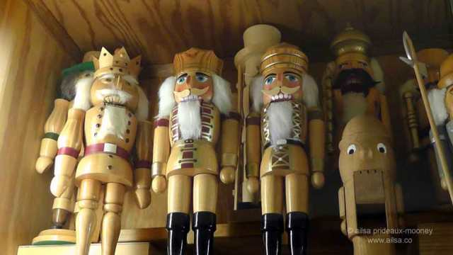 north cascades loop, leavenworth, washington, nutcracker museum, travel, travelogue, Bavaria, Ailsa Prideaux-Mooney
