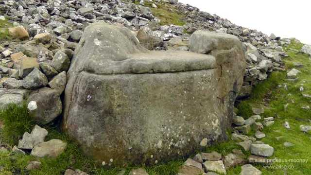 loughcrew, cairn, burial chamber, passage tomb, megalithic, neolithic, county meath, Sliabh na Caillí, travel, Ireland, travelogue, Ailsa Prideaux-Mooney, wtich's throne