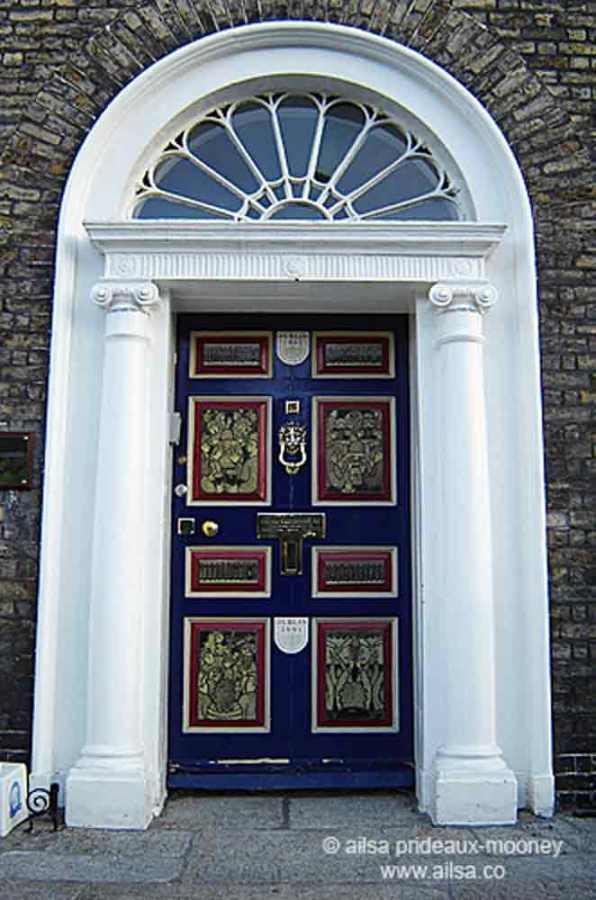 merrion square, dublin, doors, georgian houses, dublin city of culture, shane johnson, travel, donal o'buachalla, travelogue, ailsa prideaux-mooney, ireland