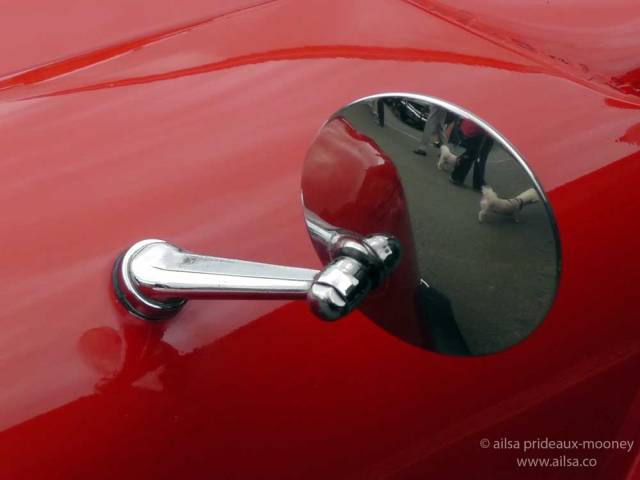 vintage car rally, irish veteran and vintage car club, powerscourt estate, picnic, travel, travelogue, ireland, ailsa prideaux-mooney, vintage car mirror