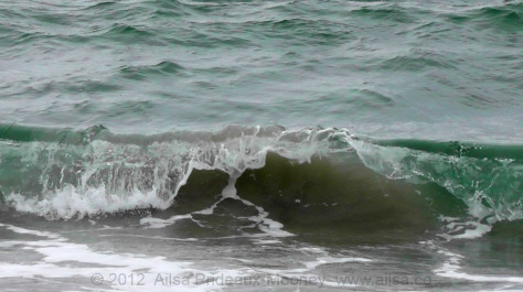 long island, shore, travel, travelogue, breaking waves, ailsa prideaux-mooney