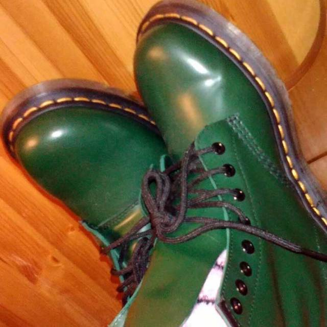 dr martens, green boots, travel, travelogue, ailsa prideaux-mooney