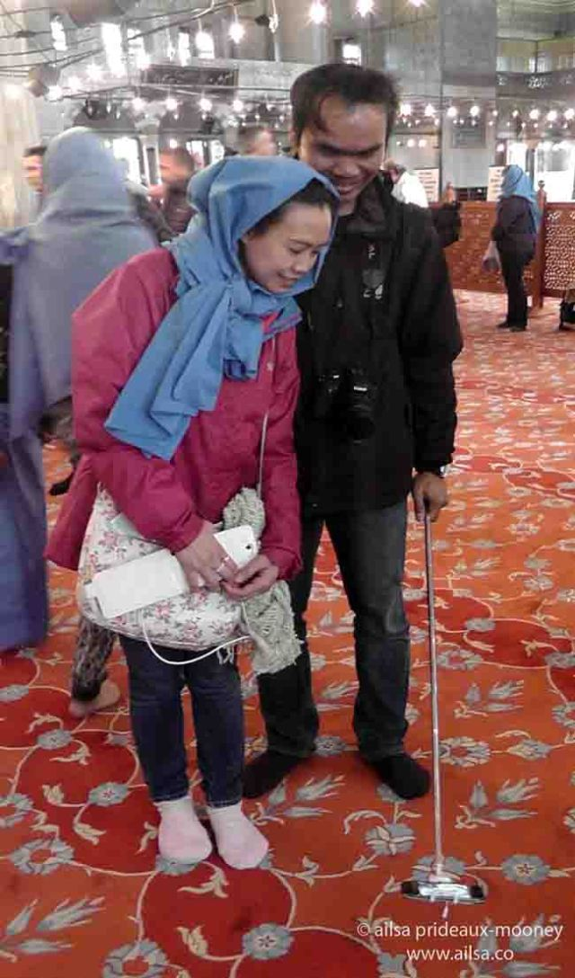 blue mosque, istanbul, selfie sticks, selfies, travel, photography, travelogue