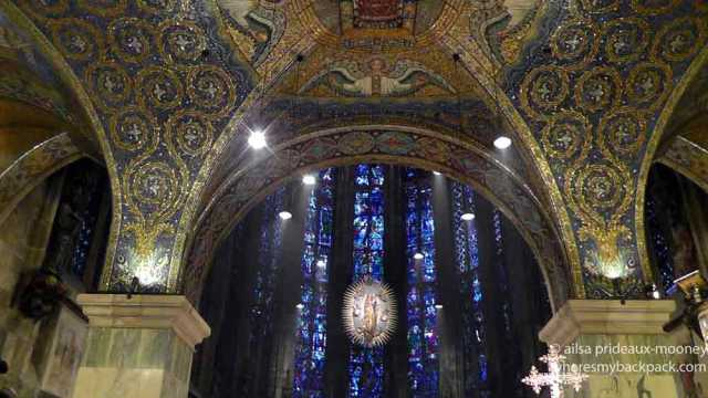 aachen cathedral, aachener dom, germany, legends, devil's thumb, the wolf and the pinecone, travel, travelogue, ailsa prideaux-mooney